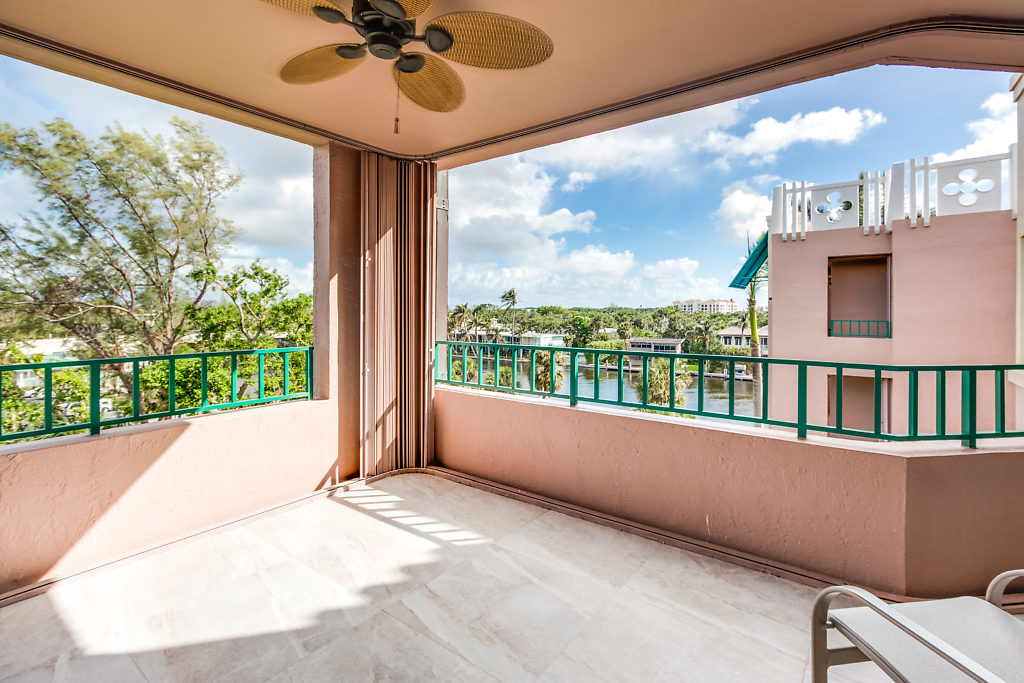 100 SE 5th Avenue PH2 Boca Raton FL 33432 Mizner Court Balcony area picture1