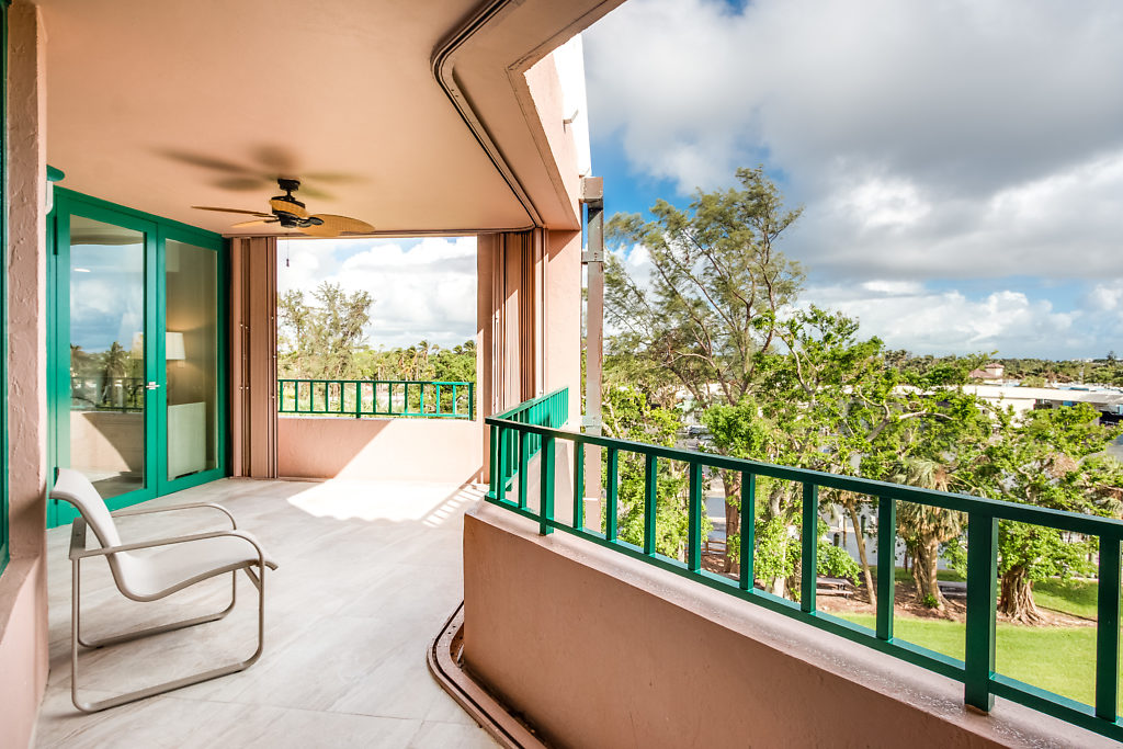 100 SE 5th Avenue PH2 Boca Raton FL 33432 Mizner Court Balcony area picture3