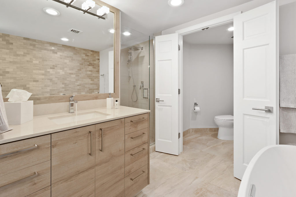 100 SE 5th Avenue PH2 Boca Raton FL 33432 Mizner Court Master bathroom picture2