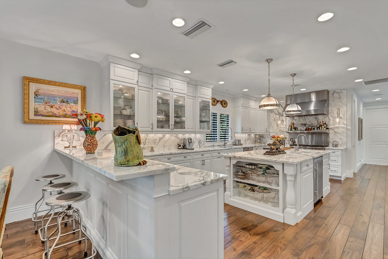 4061 Ibis Point Circle Boca Raton FL 33431 The Sanctuary luxury home for sale Kitchen area