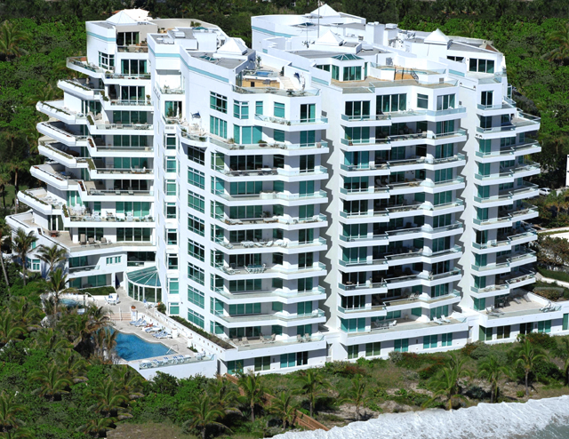 Aragon luxury condominium Boca Raton