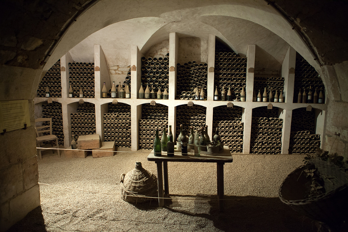Wine cellar for Jean-Luc Andriot blog 083016